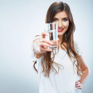 روزانه 3 لیتر آب بنوشید
